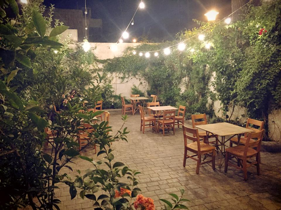 outdoor garden the good book shop amman